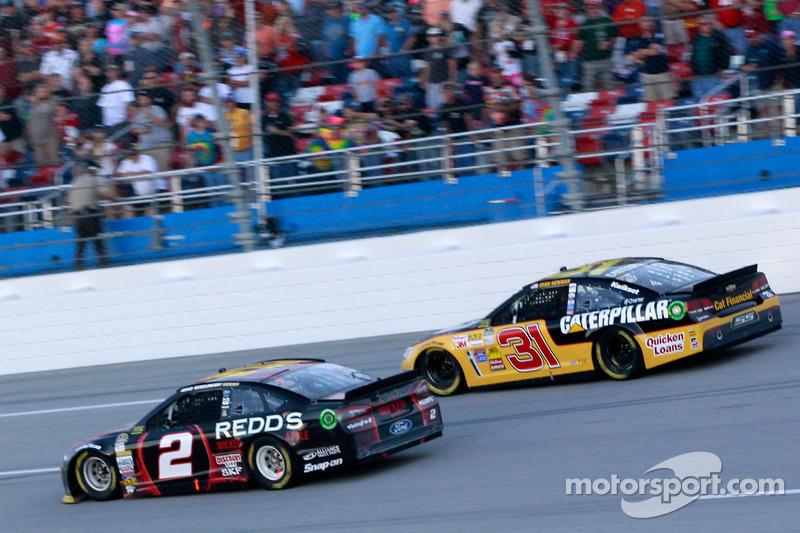 Brad Keselowski y Ryan Newman