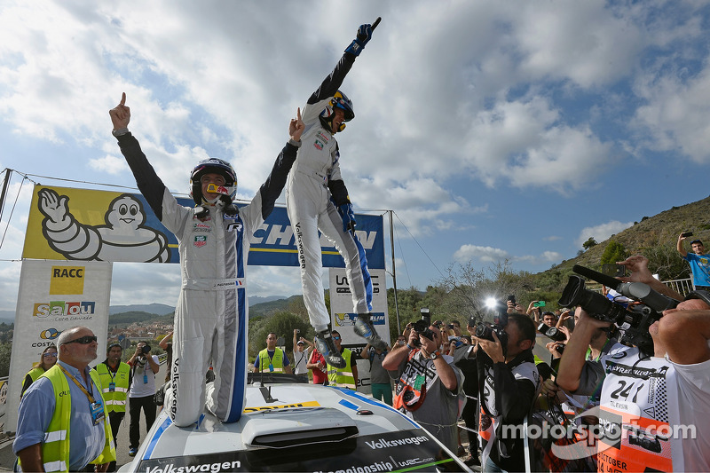 Winners and 2014 WRC champions Sébastien Ogier and Julien Ingrassia, Volkswagen Polo WRC, Volkswagen Motorsport