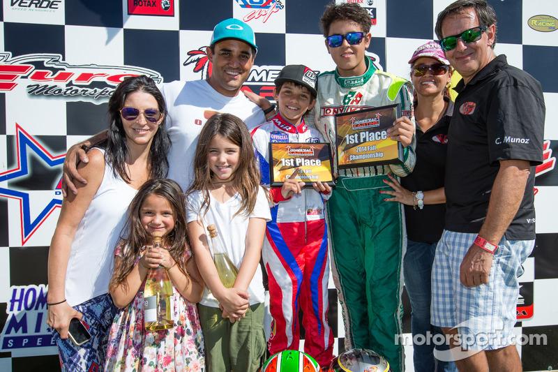 Juan Pablo Montoya con su esposa Connie Montoya,su hijo Sebastián Montoya y Christian Muñoz