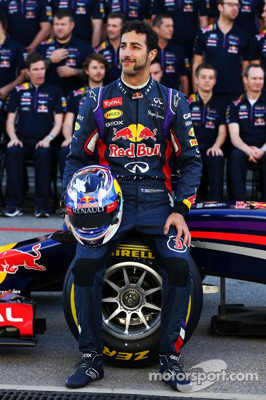 Daniel Ricciardo, Red Bull Racing takım fotoğrafında