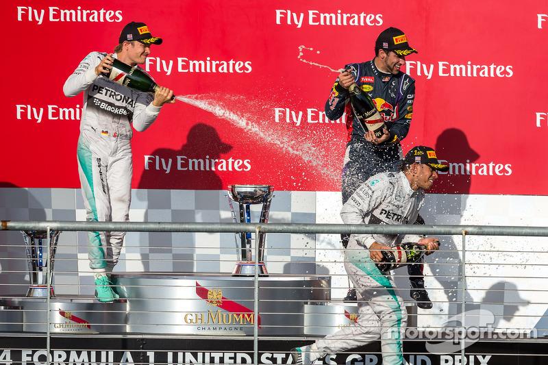 2014. Подіум: 1. Льюіс Хемілтон, Mercedes. 2. Ніко Росберг, Mercedes. 3. Даніель Ріккардо, Red Bull-Renault