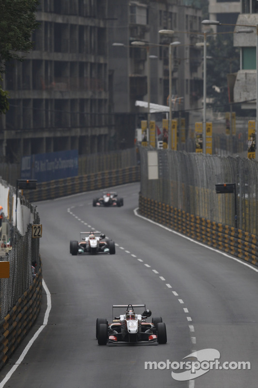 Nicholas Latifi, SJM Theodore Racing por Prema Dallara F314 Mercedes-HWA