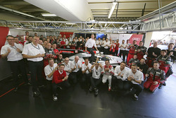Tom Kristensen's farewell group photo with Audi Sport