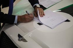 HTP Motorsport assina com Bentley
