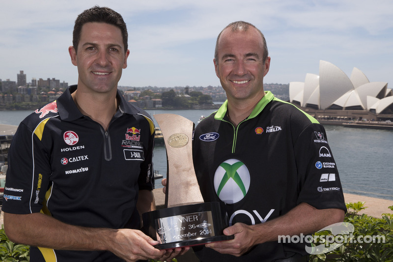 Jamie Whincup, Red Bull Holden y Marcos Ambrose, Team Penske