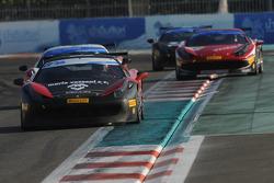 #27 Rossocorsa - Pellin Racing Ferrari 458: Alessandro Vezzoni