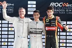 Дэвид Култхард (победитель), Паскаль Верляйн (второе место) и Эстебан Окон (третье место)