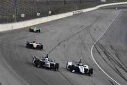 Эд Карпентер, Ed Carpenter Racing Chevrolet, и Грэм Рей, Rahal Letterman Lanigan Racing Honda