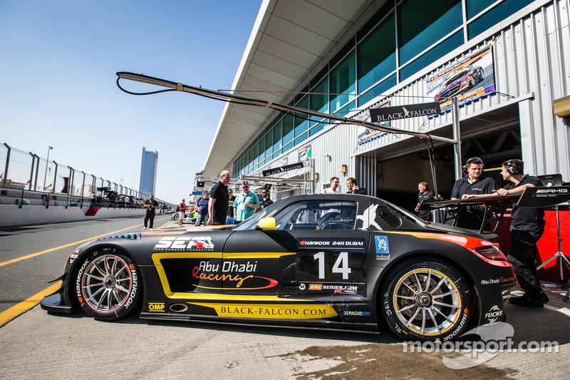 #14 Abu Dhabi Racing Black Falcon, Mercedes SLS AMG GT3: Khaled Al Qubaisi, Jeroen Bleekemolen, Bernd Schneider, Andreas Simonsen