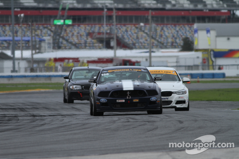 #158 Multimatic Motorsports, Mustang Boss 302R: Jade Buford, Ian James, Austin Cindric