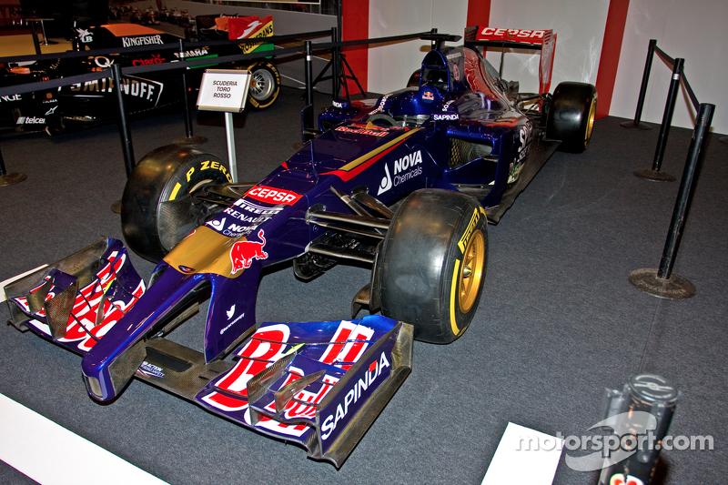Mobil Toro Rosso F1