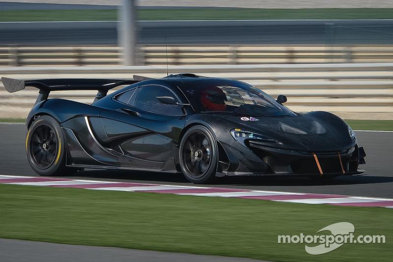 Testfahrten mit dem McLaren P1 GTR