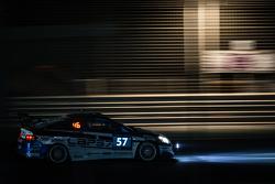 #57 LAP57 Racing, Honda Integra Type R: Mohammed Al Owais, Abdullah Al Hammadi, Nader Zuhour, Junichi Umemoto, Rupesh Channake
