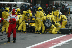 Pitstop for Timo Glock