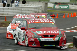 Paul Dumbrell being hassled by Paul Weel and Mark Skaife