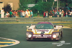 #2 Silk Cut Jaguar Jaguar XJR-9: Ян Ламмерс, Джонни Дамфрис, Энди Уоллес
