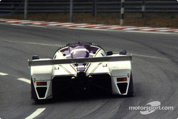 #51 Silk Cut Jaguar Jaguar XJR6: Эдди Чивер, Дерек Уорвик, Жан-Луи Шлессер