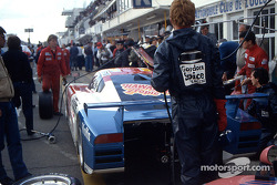 Pitstop for #70 Spice Engineering Spice SE86C Ford: Gordon Spice, Ray Bellm, Jean-Michel Martin