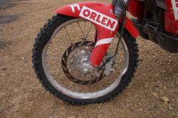 Front wheel of Orlen Team bike after stage 9