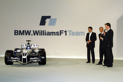 Dr Mario Theissen and Sam Michael present the new Williams BMW FW27
