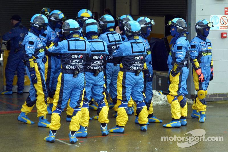 Брифинг механиков Renault