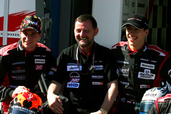 Minardi team launch: Christijan Albers, Paul Stoddart and Patrick Friesacher