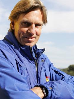 Team manager David Sears