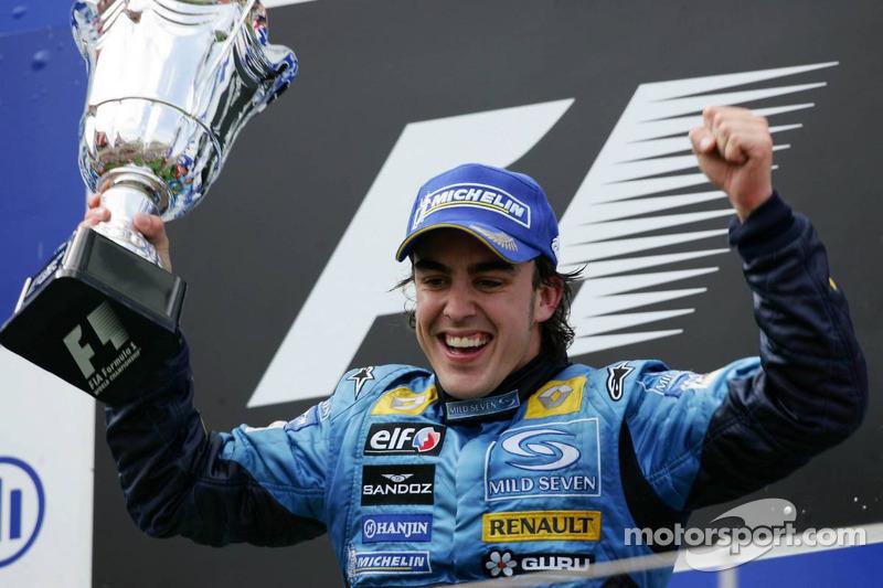 Battu en Espagne et à Monaco, Alonso gagne au Nürbürgring 2005