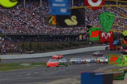 Lead lap cars enter pit lane on caution lap