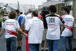 Jarno Trulli, Jacques Villeneuve, Enrique Bernoldi y Ricardo Zonta