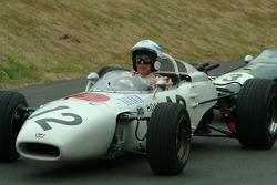 #300 1967 Honda RA300, class 6: John Surtees and #18 1966 Brabham-Honda BT18, class 6: Jenson Button