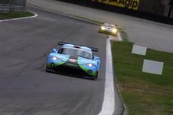 #56 Paul Belmondo Racing Chrysler Viper GTS/R: Pierre Perret, Karim Ajlani, Benjamin Leuenberger