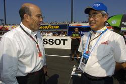 Yamaha President Mr. Kajikawa with Carmelo Ezpeleta