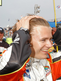Dan Wheldon happy with the Championship wrapped up