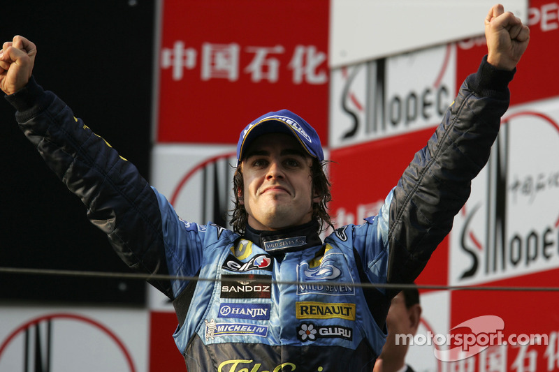 Fernando Alonso, 1º en el GP de China 2005