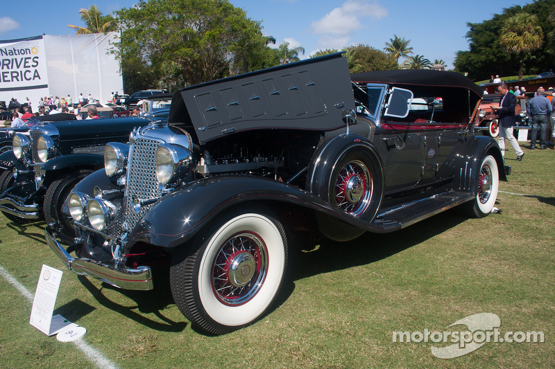 1933 Chrysler CL Imperial Dual Winshield
