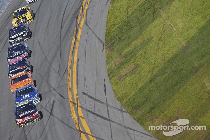 جيف غوردون، هيندرك موتورسبورتس شيفروليه تتصدر الترتيب