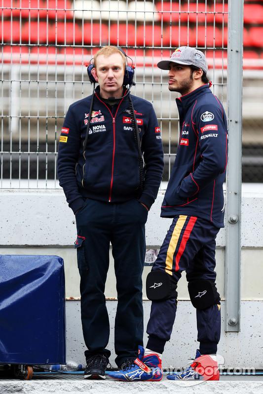 Carlos Sainz Jr, Scuderia Toro Rosso (Direita)