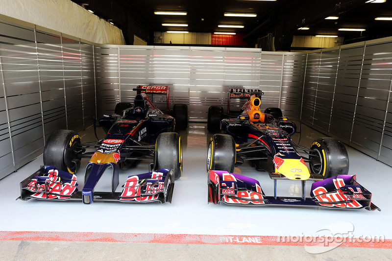 Old Scuderia Toro Rosso and Red Bull Racing cars