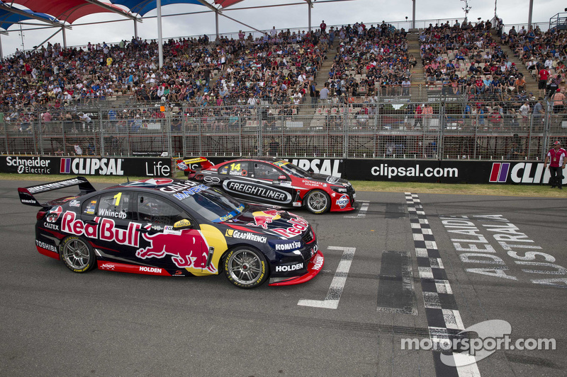Start: Jamie Whincup, Red Bull, Holden