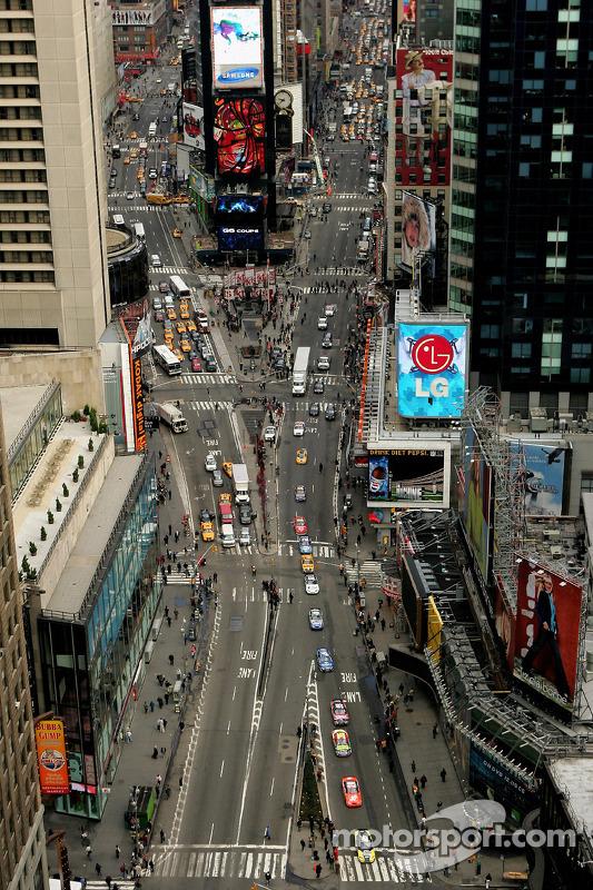 Les 10 voitures NASCAR sur Times Square