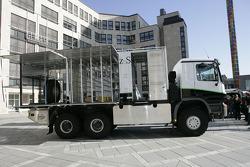 Kwikpower Mercedes-Benz Team: the Kwikpower Mercedes-Benz service truck
