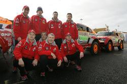 Drivers and co-drivers for Team Repsol Mitsubishi Ralliart: Stéphane Peterhansel, Jean-Paul Cottret, Hiroshi Masuoka, Pascal Maimon, Luc Alphand, Gilles Picard, Nani Roma and Henri Magne