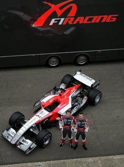 Christijan Albers and Tiago Monteiro with the new MF1 Racing M16