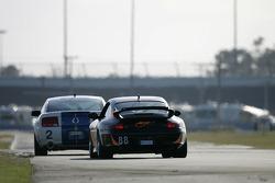#88 Knobel Racing/ LNS Motorsports Porsche 996: Fraser Wellon, Barry Ellis