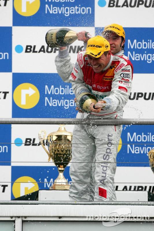 Podium: champagne pour Tom Kristensen et Heinz-Harald Frentzen