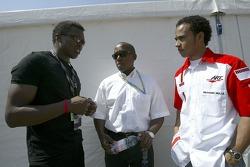 Pop singer Haddaway talks with Lewis Hamilton