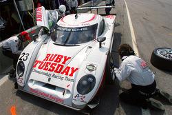 Arrêt au stand pour #23 Alex Job Racing/ Emory Motorsports Porsche Crawford: Mike Rockenfeller, Patrick Long