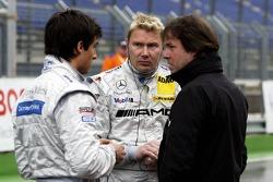 Gerhard Ungar, Chef designer de AMG, Bruno Spengler et Mika Häkkinen