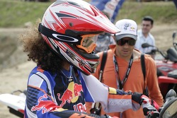 Red Bull goes off track: a Formula Una girl